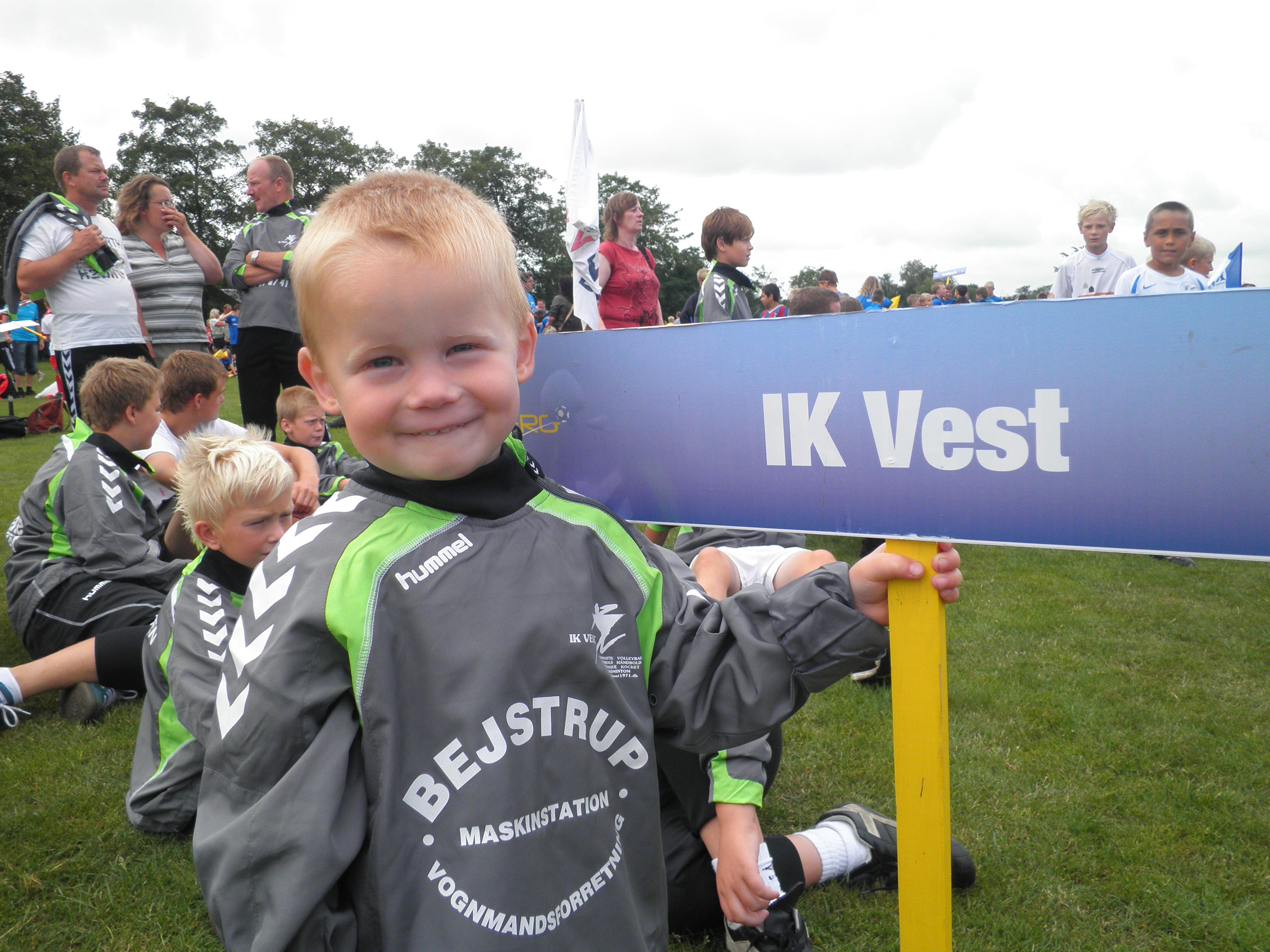Klik her og se billeder fra årets Vildbjerg Cup
